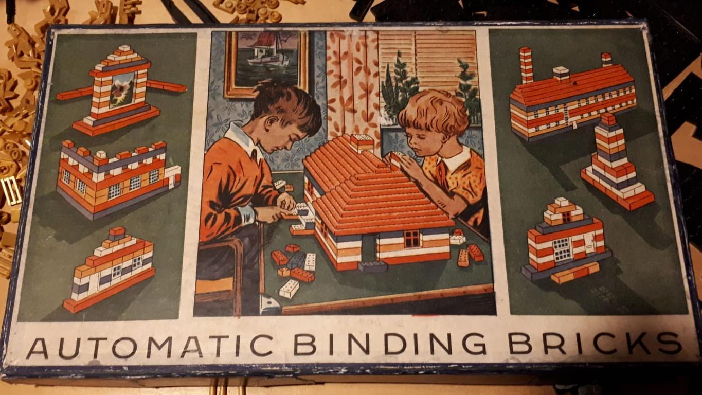 Automatic binding block 01