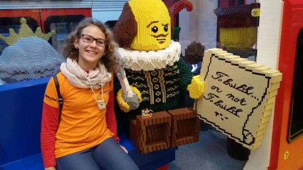 Martina Bertolucci al The LEGO® Store LONDON LEICESTER SQUARE