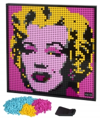 La passione si trasforma in arte: LEGO Group reinterpreta la pop-art per i fan adulti LEGO® Art, Marilyn Monroe, Beatles e Star Wars™ The Sith™