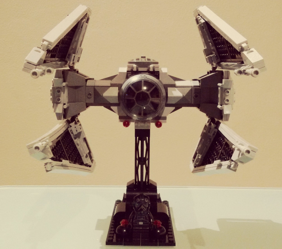 TIE FIGHTER INTERCEPTOR FRONT